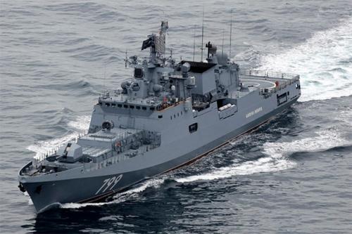 وصول سفينة روسية مضادة للغواصات لخليج عدن .. وموسكو تبرر