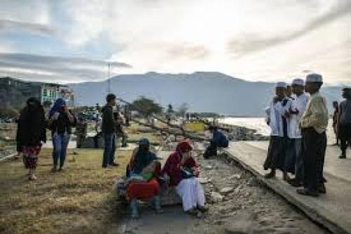 ارتفاع ضحايا تسونامي إندونيسيا إلى أكثر من 1570