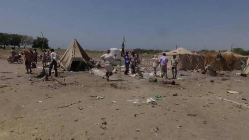 الصور الأولية للجريمة الحوثية بحق نازحي مخيم بني جابر بالحديدة