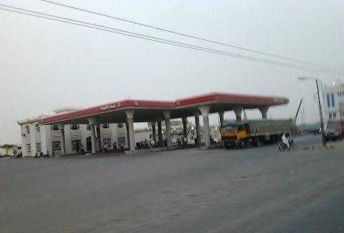 حملات جديدة على محطات الوقود المخالفة بلحج