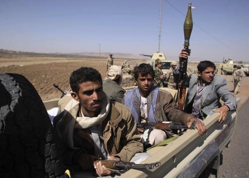 خلال وقفة احتجاجية.. مقتل مواطن برصاص الحوثي بالبيضاء
