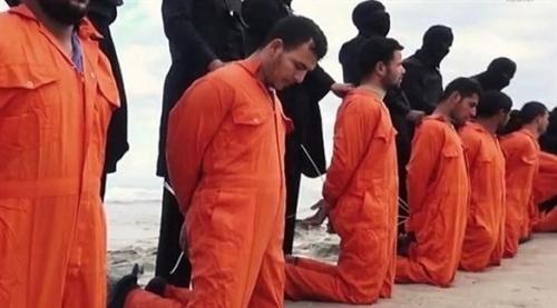 ليبيا تُسلم مصر مُصور فيديو ذبح الأقباط