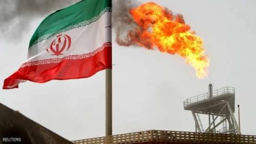 """""""العقوبات الأميركية"""" تأتي أوكلها.. وإحجام واسع عن نفط إيران"""