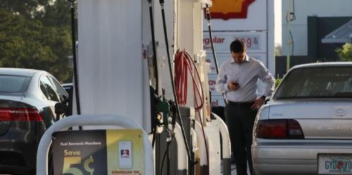 ترامب يرفع نسبة استخدام الإيثانول في البنزين