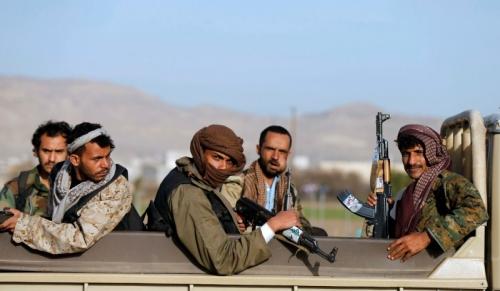 مليشيا الحوثي تستهدف سيارة إسعاف في الساحل الغربي ومقتل طاقمها