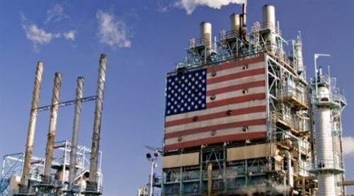 النفط يواصل خسائره مع تراجع الأسواق وارتفاع المخزونات