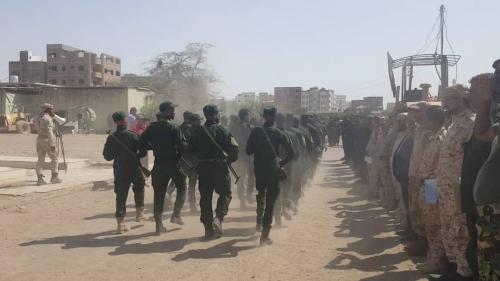 الاحتفاء بتخريج دفعة جديدة بكتيبة الاحتياط الثانية في عدن