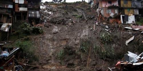 انهيار أرضي يقتل 31 شخصاً بأوغندا