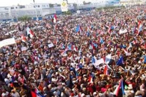 """بعد فشلهم في تحرير الشمال.. أحزاب يمنية تطمع في """"كعكة"""" الجنوب"""