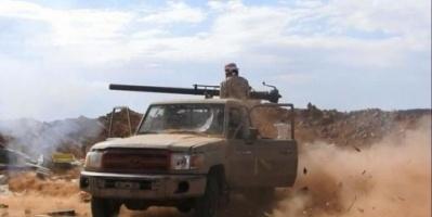 عشرات القتلى من مليشيا الحوثي في معارك مع الجيش بالبيضاء