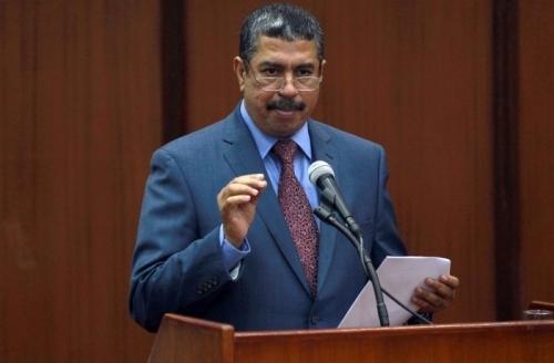 أنباء عن عودة بحاح رئيسا لحكومة يمنية توافقية