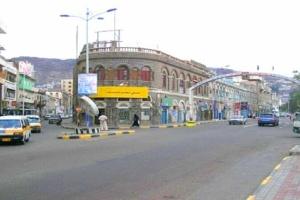 شرطة عدن : سجن مطلقي نار في الهواء بالتواهي وإحالتهما للتحقيق