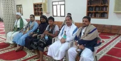"""الحوثي يحول بيوت الله لمخازن للذخيرة.. ومقاطعة شعبية بالحديدة  """"صور"""""""