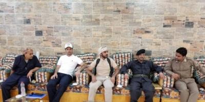 وفد أمني من التحالف بعدن يزور إصلاحية سجن المنصورة