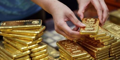 انخفاض أسعار الذهب.. تعرف على السبب