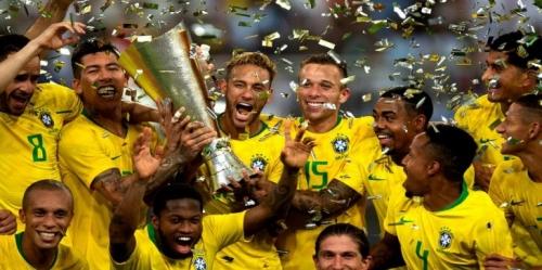 نيمار يشرح قصته مع الرقم 10 بالمنتخب البرازيلي