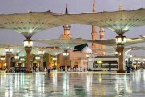 هطول أمطار على المسجد النبوي الشريف