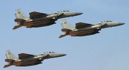 طيران التحالف يجدد قصفه على مواقع المليشيات في الحديدة