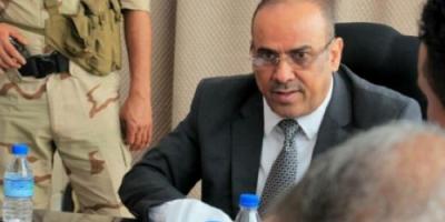"""توجيهات من حكومة هادي بحصر أضرار إعصار """" لبان """" في حضرموت"""