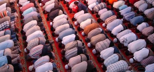 دراسة أمريكية: صلاة المسلمين تقلل فرص ظهور آلام أسفل الظهر