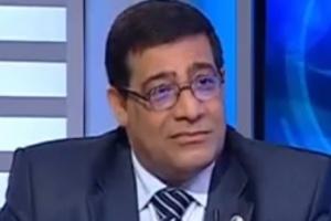 الأمن المصري يلقي القبض على الخبير الاقتصادي عبد الخالق فاروق