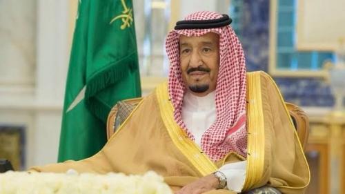 الملك سلمان وولى العهد يقدمان التعازى إلى أسرة خاشقجى