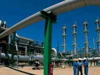 مصر توقع اتفاقًا مع الأردن لضخ الغاز إلى المملكة مطلع 2019