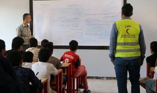 بالفيديو.. ماذا فعلت الإمارات لإنقاذ التعليم في تعز؟