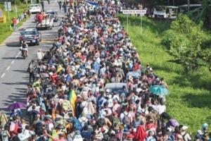 قافلة المهاجرين تتقدّم.. وتتحدى ترامب