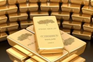 الذهب يرتفع بفعل تراجع الدولار والمخاوف العالمية