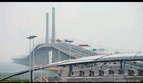 الصين تدشن أطول جسر مائي في العالم