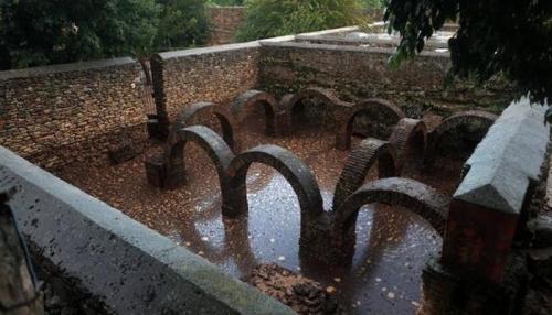 فيضانات إسبانيا تدمر جدران أثرية عربية في الأندلس
