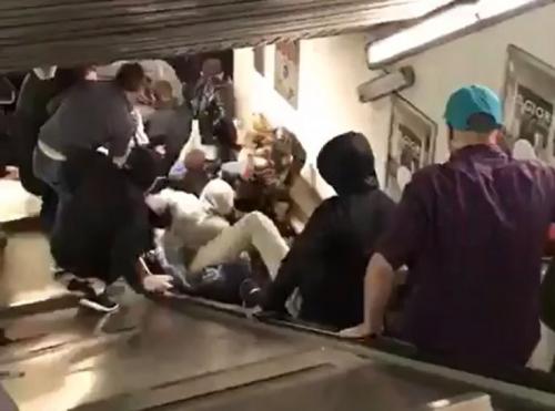 """عشرات الجرحى في تدهور مخيف جراء تعطل السلم في مترو روما """"فيديو"""""""