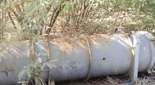 العثور على صواريخ روسية بحرية للحوثيين وسط المزارع بالحديدة «فيديو»