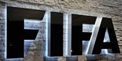 الفيفا يهدد برشلونة الإسباني ويمنعه من السفر لأمريكا