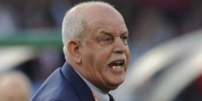 مدرب منتخب الجزائر يضع بلاده في موقف محرج