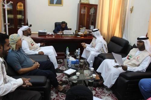 البحسني يتابع مع الهلال الإماراتي التجهيزات النهائية لمدينة الشيخ خليفة