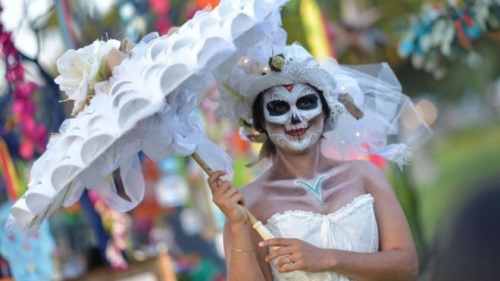 ماذا تعرف عن يوم الموتى المكسيكي؟ (صور)