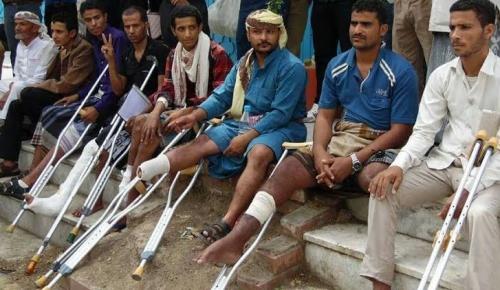 اللجنة الطبية في تعز تتهم الحكومة بنهب مستحقات الجرحى في الخارج