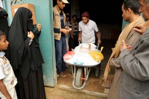 الأغذية العالمي يتهم الحوثيين باحتجاز مساعدات تكفي لإطعام 4 ملايين جائع