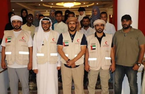 الشامسي: الإمارات حريصة على دعم ورعاية العملية التعليمية في المدن والمناطق المحررة