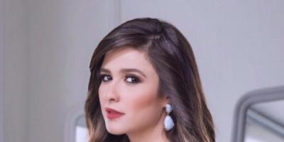 الصحبة الحلوة رزق.. شاهد ياسمين عبد العزيز مع أحمد حلمي ونجمان آخرين