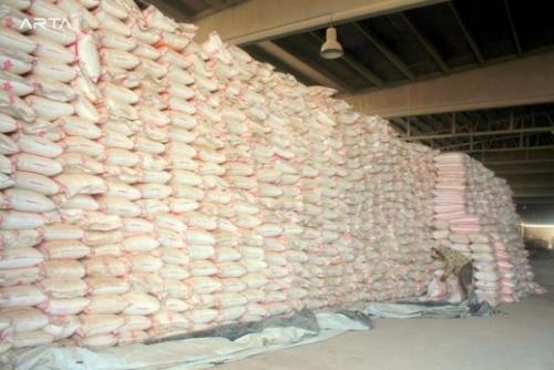 حضرموت: توفير السماد للمزارعين بأسعار أقل 40 % من الأسواق