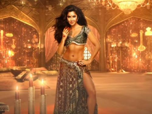 """""""بالفيديو"""" كاترينا كيف تتألق في أغنيتها الجديدة Manzoor-e-Khuda لفيلم Thugs Of Hindostan"""