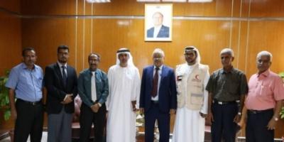 تفاصيل لقاء مدير العمليات الإنسانية لدولة الإمارات بمسؤولي جامعة عدن