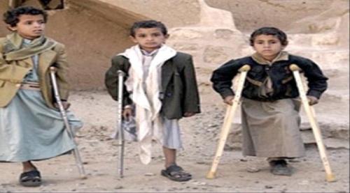 الحوثيون يجندون الأطفال المعاقين للزج بهم في المعارك «تفاصيل»