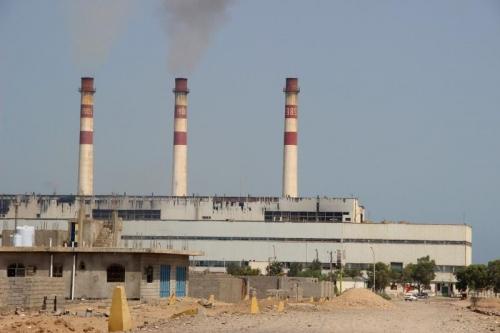 انقطاع الكهرباء يطرق أبواب مديريات عدن من جديد