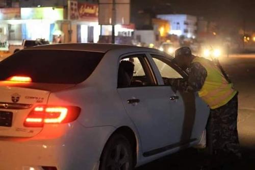 حملة أمنية بحضرموت لضبط الخارجين عن القانون (صور)