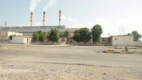 ماذا قالت مؤسسة الكهرباء بعد عودة التيار إلى عدن مرة أخرى؟