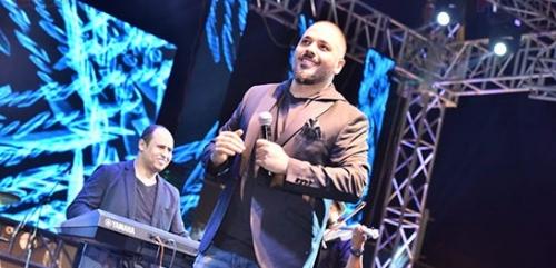 """""""صور"""" رامي عياش يشعل مسرح الإسكندرية"""